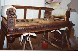 Sofa Polstern inneneinrichtung raumgestaltung innenarchitektur restaurierung